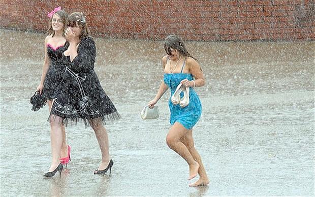 yağmurda koş